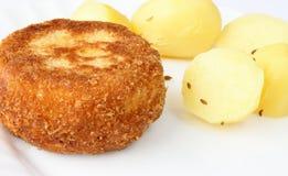 τυρί που τηγανίζεται Στοκ εικόνες με δικαίωμα ελεύθερης χρήσης