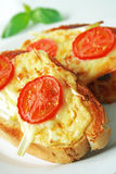 τυρί που ψήνεται Στοκ εικόνες με δικαίωμα ελεύθερης χρήσης