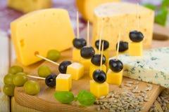 τυρί χαρτονιών Στοκ φωτογραφία με δικαίωμα ελεύθερης χρήσης