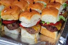 τυρί burgers μίνι Στοκ φωτογραφία με δικαίωμα ελεύθερης χρήσης