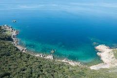 Τυρκουάζ θάλασσα της Κορσικής, Γαλλία Στοκ εικόνα με δικαίωμα ελεύθερης χρήσης