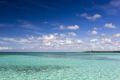 Τυρκουάζ κενή καραϊβική θάλασσα Στοκ Εικόνα