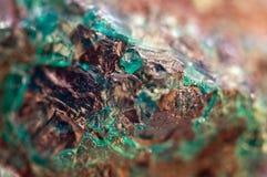 Τυρκουάζ φυσική σύσταση από το φυσικό υλικό κρύσταλλα Μακροεντολή αφηρημένη ανασκόπηση στοκ φωτογραφία με δικαίωμα ελεύθερης χρήσης