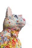 Τυχερή γάτα - Maneki Neko με το λουλούδι Στοκ Εικόνες
