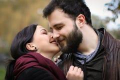 Των Εσκιμώων φιλώντας ζεύγος Στοκ εικόνα με δικαίωμα ελεύθερης χρήσης