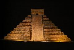Των Μάγια πυραμίδα Kukulcan EL Castillo σε Chichen Itza Στοκ Φωτογραφίες