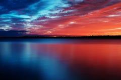 τόνος δύο ηλιοβασιλέματ&omic Στοκ εικόνα με δικαίωμα ελεύθερης χρήσης
