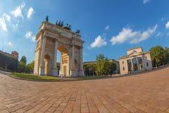Τόξο θριάμβου - Arco Della ρυθμός στο πάρκο Sempione, Μιλάνο, Ιταλία Στοκ φωτογραφίες με δικαίωμα ελεύθερης χρήσης