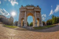 Τόξο θριάμβου - Arco Della ρυθμός στο πάρκο Sempione, Μιλάνο, Ιταλία Στοκ φωτογραφία με δικαίωμα ελεύθερης χρήσης
