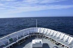 Τόξο στο ωκεάνιο σκάφος Στοκ Φωτογραφία