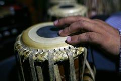 Τύμπανα μουσικών και tabla Στοκ Φωτογραφίες