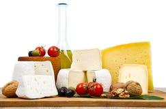 Τύποι διεθνών μαλακών και σκληρών τυριών στοκ εικόνες