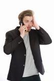 Τύπος ή επιχειρηματίας με το κινητό τηλέφωνο που απομονώνεται στο λευκό Στοκ εικόνες με δικαίωμα ελεύθερης χρήσης