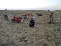 Τύπος στην έρημο στοκ φωτογραφίες με δικαίωμα ελεύθερης χρήσης