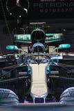Τύπος 1 του Lewis hamiltons αυτοκίνητο Στοκ Φωτογραφίες