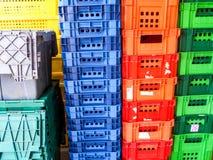 Τύπος χρήσης πλαστικών παραθύρων κλουβιών στη συσκευασία Στοκ Εικόνες