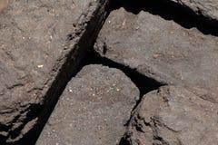 Τύρφη ανθρακόπλινθων που συσσωρεύεται εδώ κοντά στοκ εικόνα