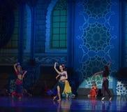 """Τώρα τραγουδώντας, μπαλέτο """"One χίλιο και ένα Nights† ανθρώπων τώρα χορού Στοκ εικόνα με δικαίωμα ελεύθερης χρήσης"""