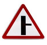 Τ-πέρασμα οδικών σημαδιών που απομονώνεται στο λευκό Στοκ εικόνα με δικαίωμα ελεύθερης χρήσης