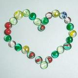 Υαλώδεις πέτρες στη μορφή καρδιών Στοκ φωτογραφία με δικαίωμα ελεύθερης χρήσης