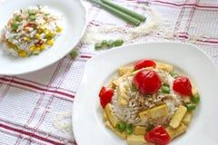 Υγιές γεύμα - ρύζι με φυτικό και ψημένο tofu, φυτικό risotto Στοκ Εικόνες