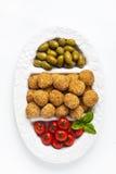 Υγιές ιταλικό ορεκτικό με το arancini σφαιρών risotto, πράσινο ol Στοκ Εικόνα