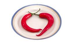 υγιές καυτό κόκκινο δύο πιπεριών διατροφής πιάτων τσίλι Στοκ φωτογραφία με δικαίωμα ελεύθερης χρήσης