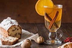 Υγιές οργανικό σπιτικό ποτό εορτασμού διακοπών στο γυαλί στοκ φωτογραφίες με δικαίωμα ελεύθερης χρήσης