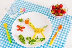 Υγιές χορτοφάγο μεσημεριανό γεύμα για τα παιδιά Στοκ Εικόνες