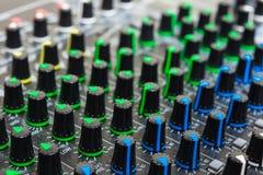 υγιές ύφος μουσικής s αναμικτών εξοπλισμού του DJ Στοκ Φωτογραφία