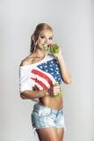 Υγιής νέα φίλαθλη γυναίκα Στοκ Εικόνα
