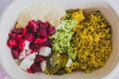 Υγιής πάρτε μαζί τα τρόφιμα στο καλαθάκι με φαγητό στοκ φωτογραφία με δικαίωμα ελεύθερης χρήσης