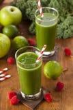 Υγιής πράσινος χυμός Smoothi λαχανικών και φρούτων Στοκ Φωτογραφίες
