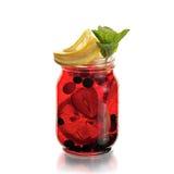 υγιής φράουλα διαλύματος ανθρώπων κοκτέιλ Στοκ Εικόνα