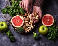 υγιής χορτοφάγος τροφίμων Καθαρή κατανάλωση και ακατέργαστη έννοια διατροφής Στοκ φωτογραφία με δικαίωμα ελεύθερης χρήσης