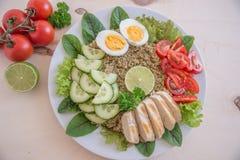 Υγιής quinoa σαλάτα κύπελλων Στοκ Εικόνα