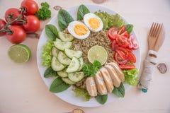 Υγιής quinoa σαλάτα κύπελλων Στοκ Εικόνες