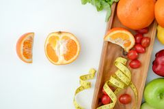 Υγιή διατροφή και φάρμακο διατροφής διατροφής ευημερίας κετονογενετικά υγιή φυτικά στοκ φωτογραφίες
