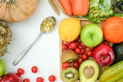 Υγιή διατροφή και φάρμακο διατροφής διατροφής ευημερίας κετονογενετικά υγιή φυτικά στοκ φωτογραφίες με δικαίωμα ελεύθερης χρήσης