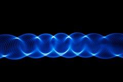 Υγιή κύματα στο σκοτάδι στοκ φωτογραφίες