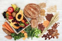 Υγιή πλούσια σε ίνες τρόφιμα διατροφής Στοκ εικόνα με δικαίωμα ελεύθερης χρήσης
