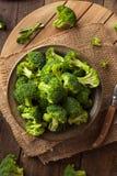 Υγιή πράσινα οργανικά ακατέργαστα Florets μπρόκολου Στοκ εικόνα με δικαίωμα ελεύθερης χρήσης