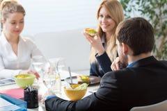 υγιή πρόχειρα φαγητά στοκ φωτογραφίες