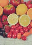 Υγιή τρόφιμα - τρόφιμα με ένα υψηλό περιεχόμενο της βιταμίνης C Στοκ Εικόνες