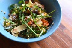Υγιή τρόφιμα στο πιάτο στοκ φωτογραφία με δικαίωμα ελεύθερης χρήσης