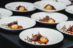 Υγιή φρέσκα fajitas ή fajitos με το βόειο κρέας Εύκολος, αλλά νόστιμος, υγιής Εθνικά μεξικάνικα τρόφιμα, φρέσκα oganic τρόφιμα στοκ εικόνα με δικαίωμα ελεύθερης χρήσης
