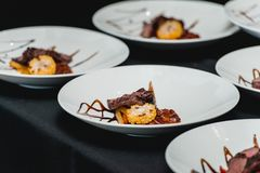 Υγιή φρέσκα fajitas ή fajitos με το βόειο κρέας Εύκολος, αλλά νόστιμος, υγιής Εθνικά μεξικάνικα τρόφιμα, φρέσκα oganic τρόφιμα στοκ εικόνες