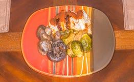 Υγιείς μικρές μερίδες πιάτων τροφίμων Στοκ Φωτογραφία