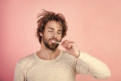 Υγιεινή, λεύκανση δοντιών Στοκ εικόνα με δικαίωμα ελεύθερης χρήσης