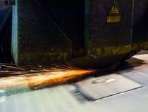 Υγρή λείανση με τους σπινθήρες Στοκ εικόνες με δικαίωμα ελεύθερης χρήσης
